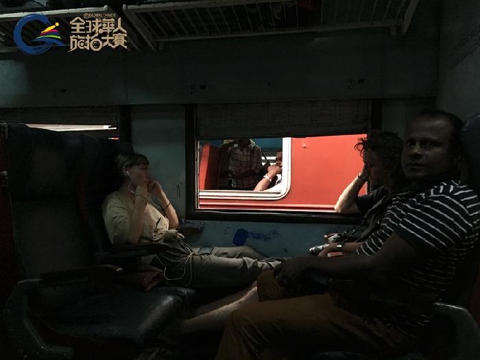 hk_c_09斯里兰卡《错过》-手机、无人机类一等奖-戴安娜.jpg