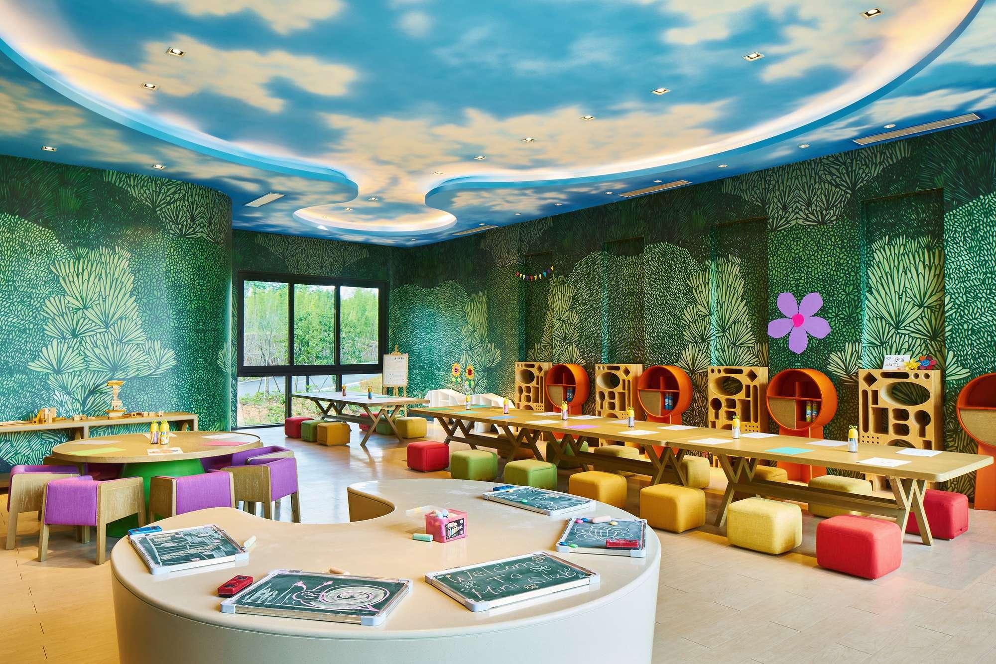 hk_c_https___ns.clubmed.com_dream_JOYVIEW_Anji_174361-hwbycudllg-swhr.jpg